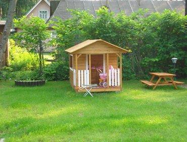Детский домик  для игры на даче