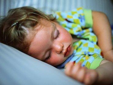Сколько должен спать малыш?