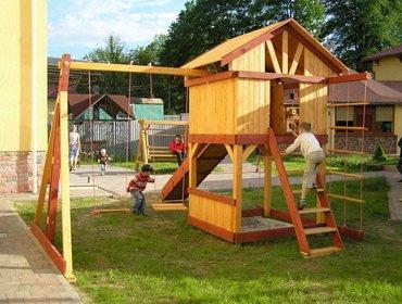 Строим детскую игровую площадку своими руками