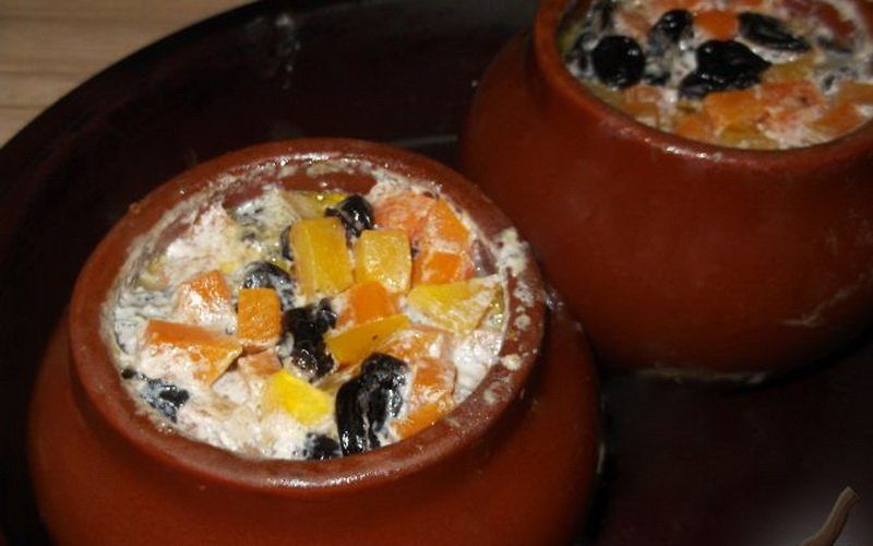 Приготовление тыквы в горшочке в духовке с черносливом