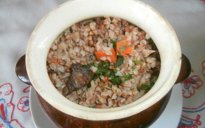 Рецепт гречневой каши с мясом в горшочке в духовке