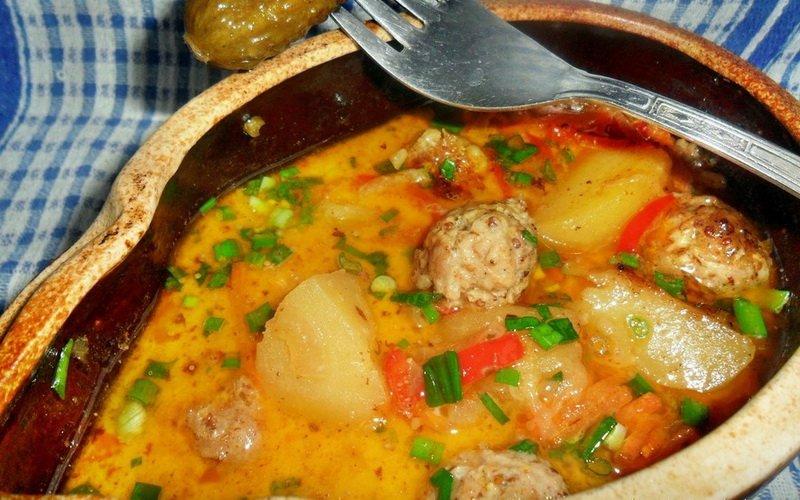 Рецепт блюд из фарша в горшочке в духовке (с фото)