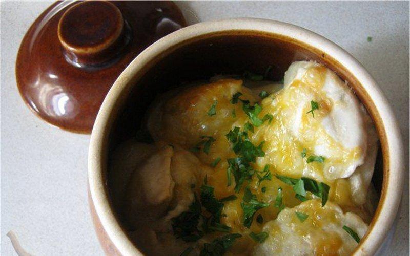 Пельмени с печенью в горшочках: рецепты для духовки