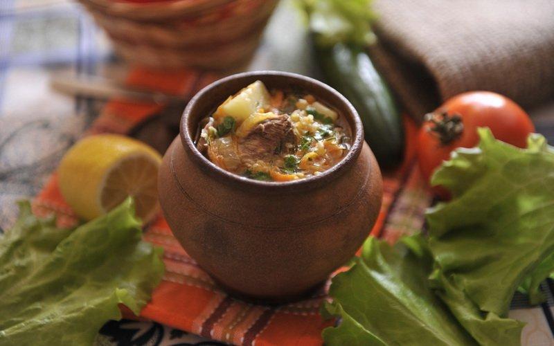 Супы из говядины в горшочках: рецепты для духовки фото