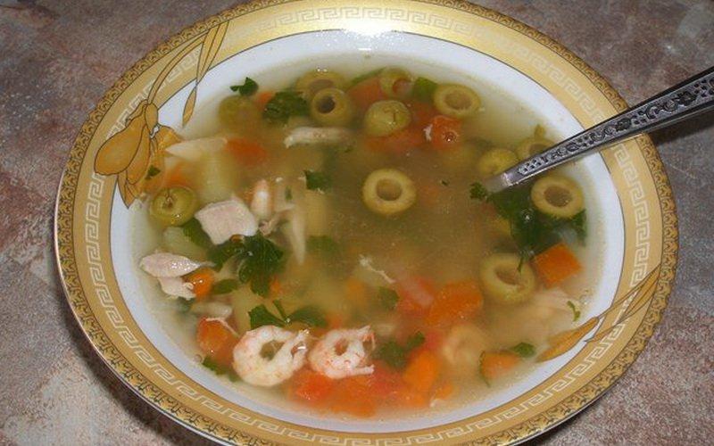 Суп с креветками на фото
