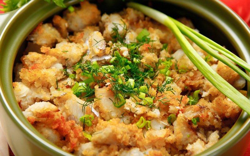 Филе рыбы с картофелем на фото