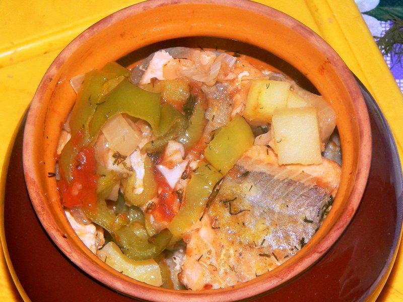 Рыба в горшочке
