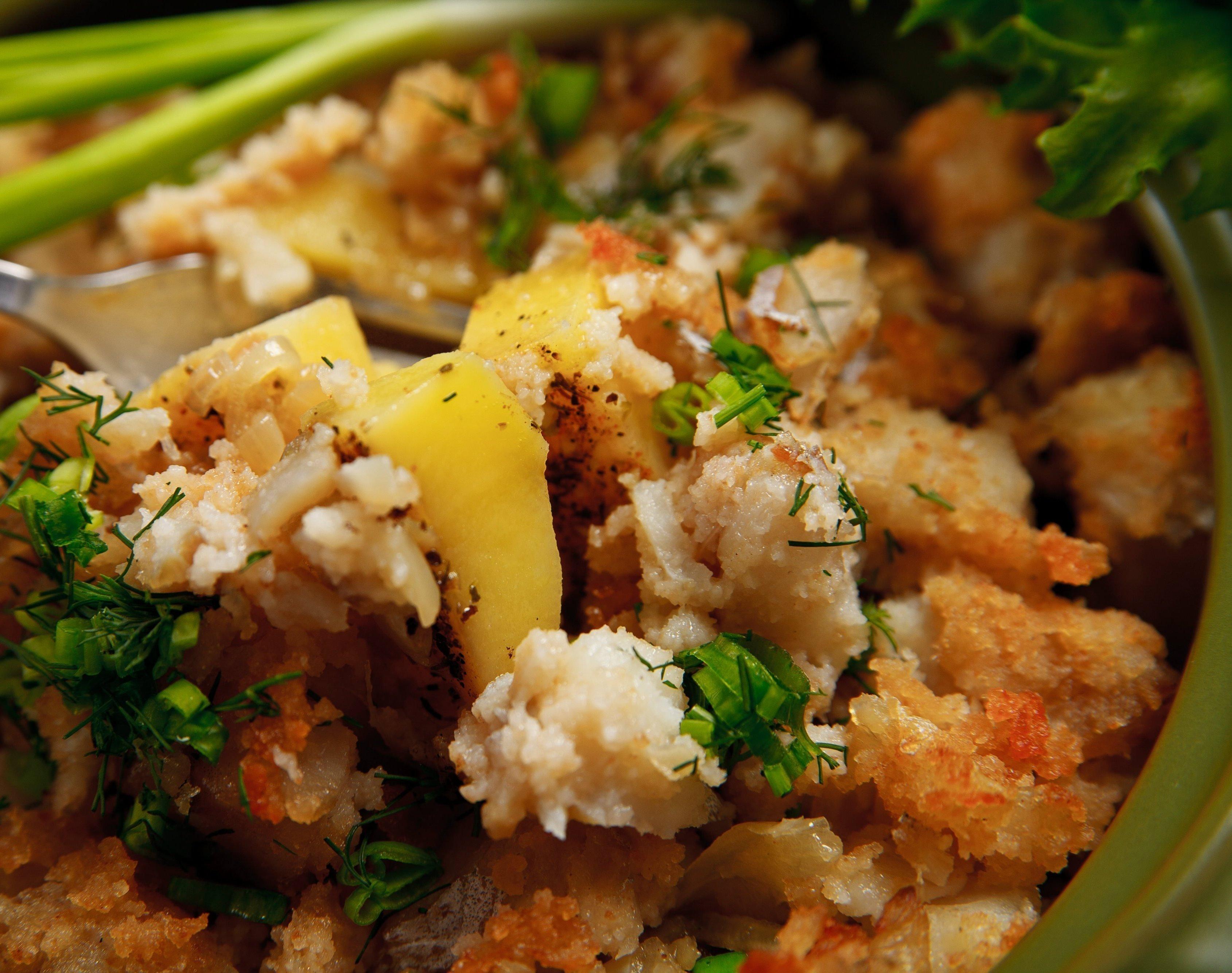 Рыба и морепродукты в горшочках: рецепты блюд для духовки