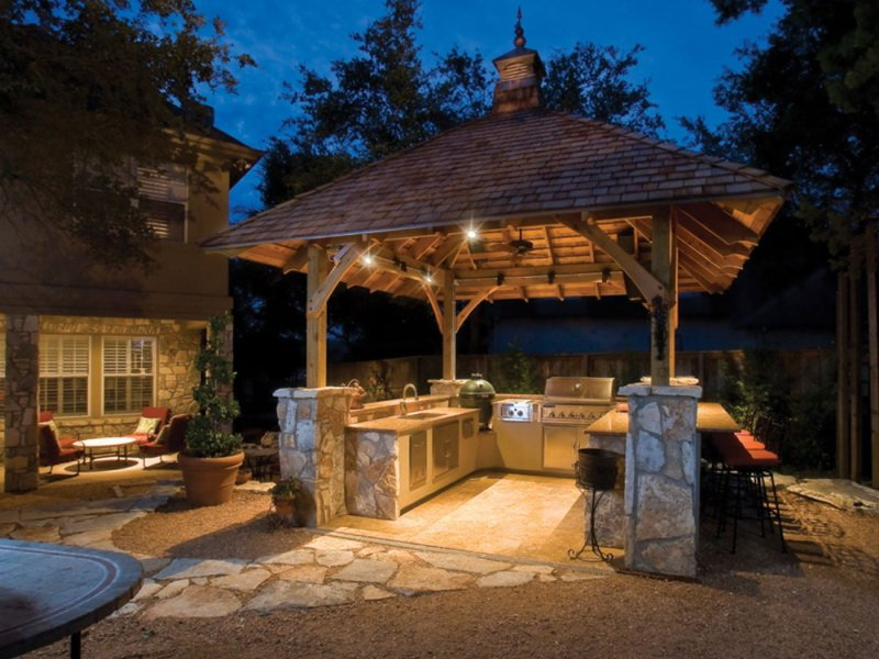 Летняя кухня для дачи, открытая