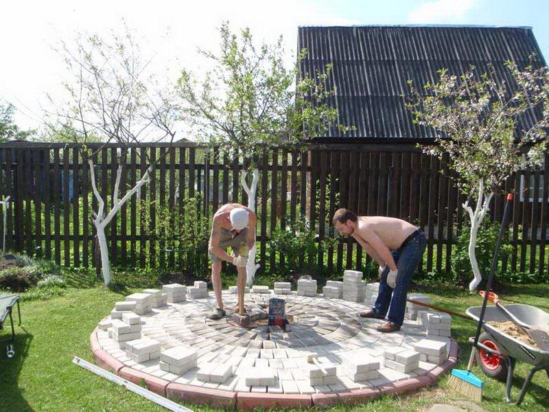 Строительство и сборка гриль домиков: из чего построить