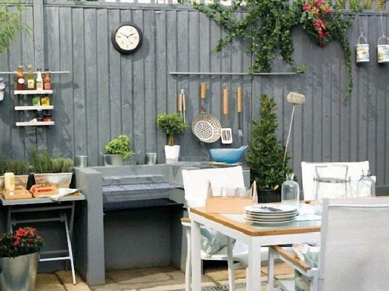 В интерьере должны присутствовать деревянная мебель, элементы из дерева (фото)