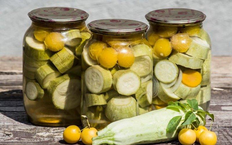 Как сделать компоты из овощей и ягод в домашних условиях фото