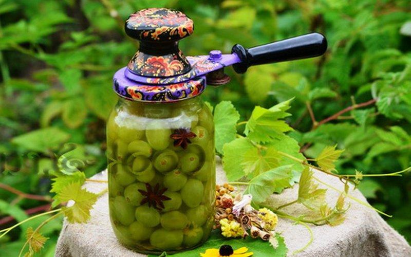 Варенье из винограда с мятой.