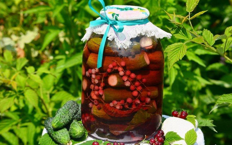 Рецепты, как вкусно приготовить маринованные огурцы на зиму
