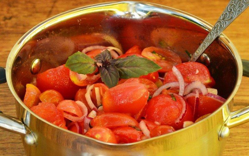 Как быстро замариновать помидоры на зиму в банках фото