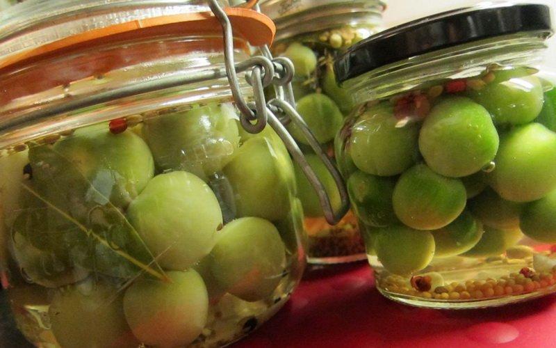 Зеленые помидоры, маринованные на зиму: рецепты с фото фото