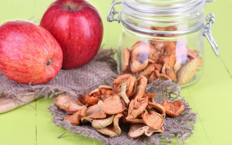 Вяленые яблоки с сохранением цвета.