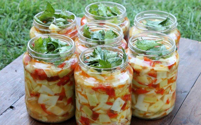 Заготовки из кабачков на зиму: рецепты салатов