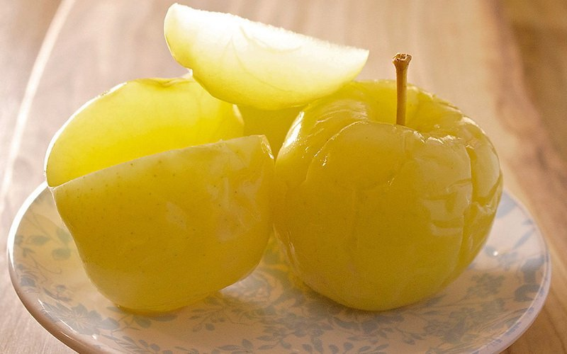 Как приготовить моченые яблоки с медом: домашние рецепты