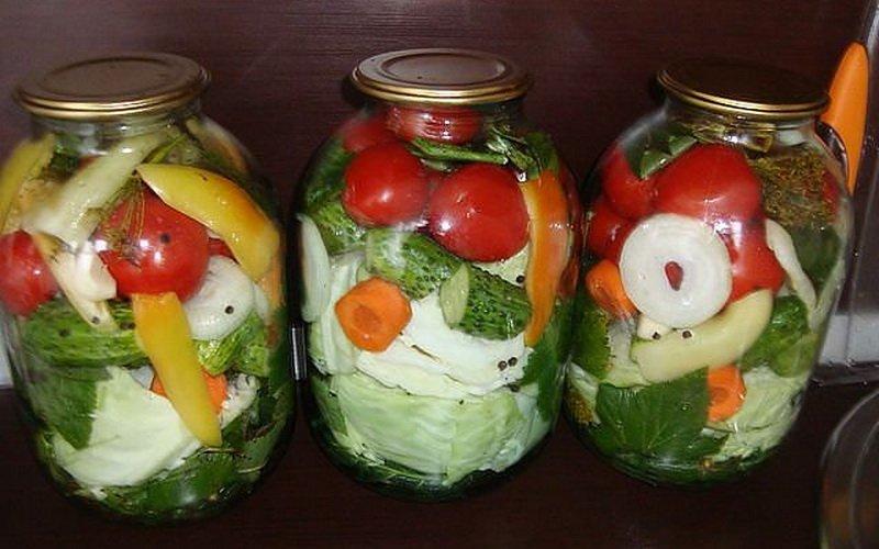 Рецепты маринованного ассорти из овощей на зиму