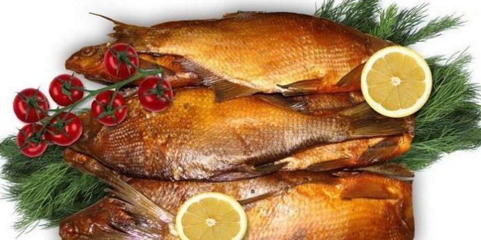 Вкусная копчёная рыба