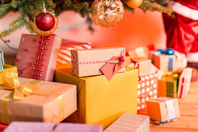 Подарки под ёлку