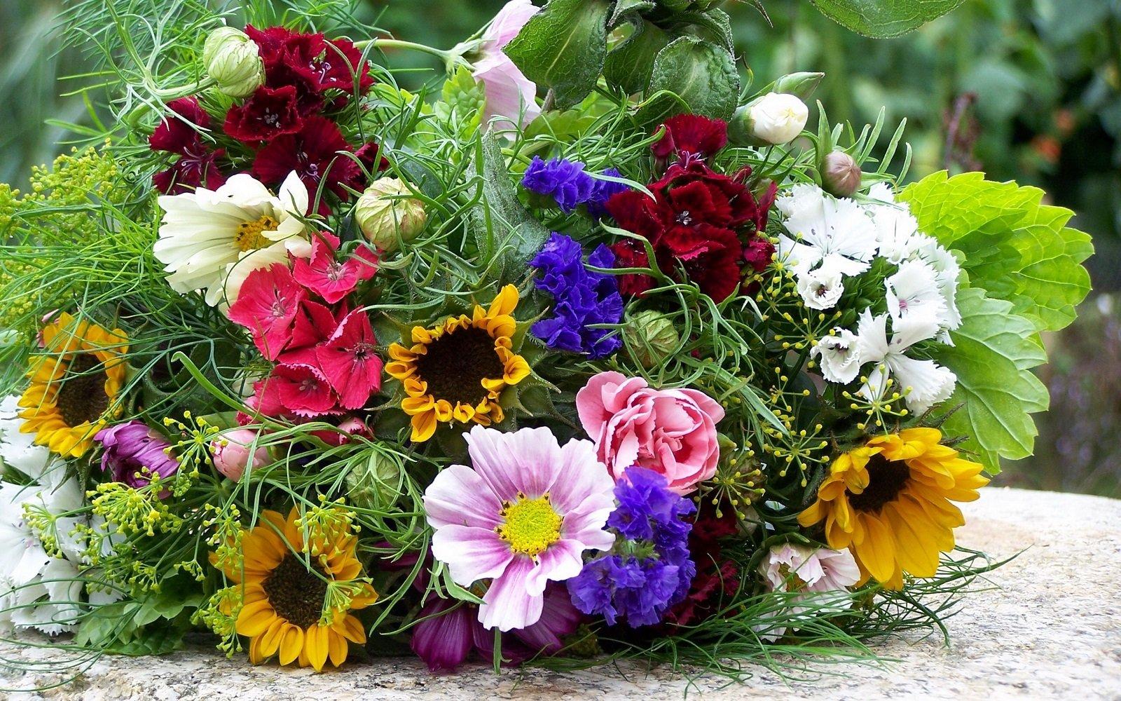 Букет из полевых цветов своими руками: видео