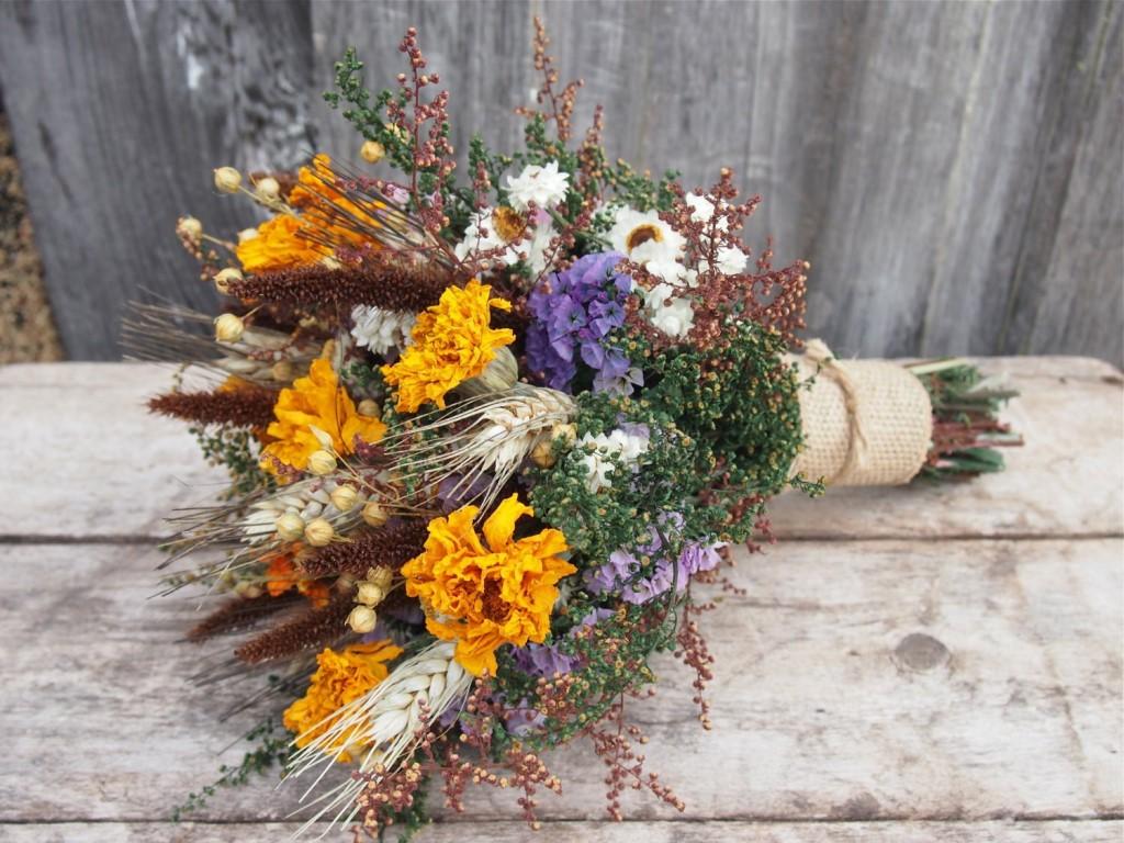 Как составить осенний букет из цветов, сирени