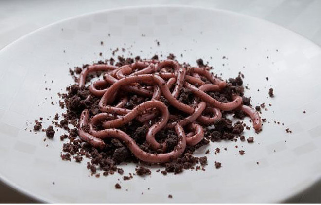 Десерт «Земляные черви»