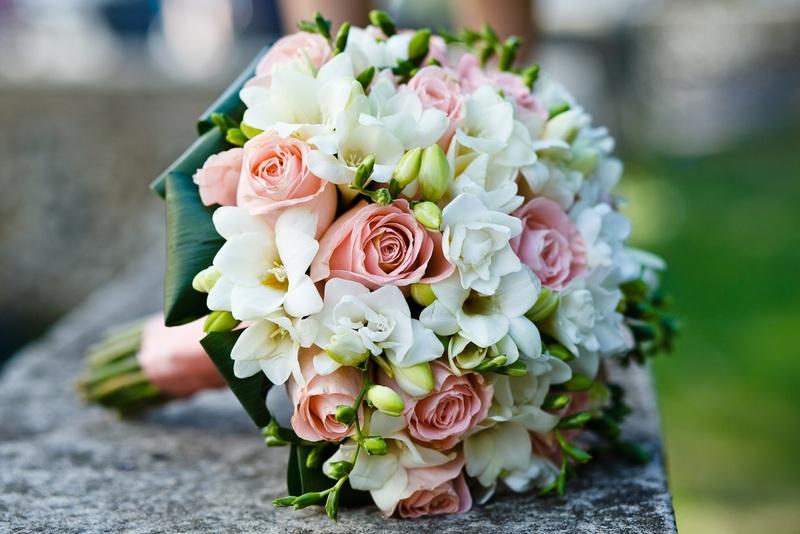 Букет невесты: что делать после свадьбы с символом любви и счастья?