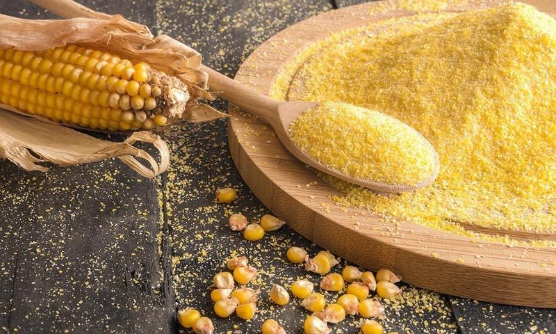 5 способов применения кукурузного глютена вместо химических препаратов на даче