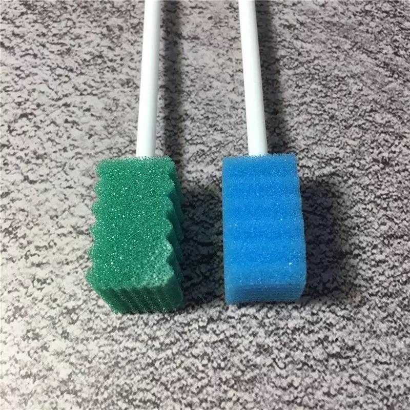 5 полезных способов применения обычной губки на даче