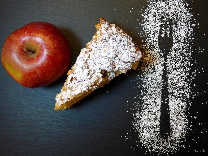 5 вариантов, что можно приготовить с яблочной падалицей