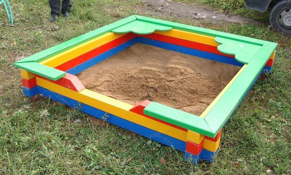 Песочница из раскраш…
